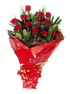 12 adet kirmizi gül buketi  çiçek yolla Bursa orhaneli çiçekçiler