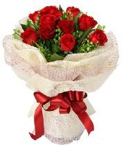 12 adet kırmızı gül buketi  Bursa osmangazi online çiçekçi , çiçek siparişi
