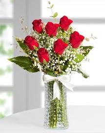 Cam vazoda 7 adet kırmızı gül  Bursada çiçekçi osmangazi çiçek , çiçekçi , çiçekçilik