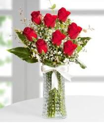 7 Adet vazoda kırmızı gül sevgiliye özel  Bursa çiçek gönder nilüfer çiçek siparişi vermek