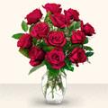 Bursa çiçek yolla nilüfer çiçek gönderme  10 adet gül cam yada mika vazo da