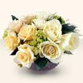 Bursa iznik hediye sevgilime hediye çiçek  9 adet sari gül cam yada mika vazo da  Bursadaki çiçekçiler karacabey çiçekçi telefonları