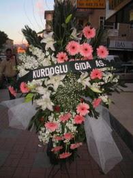 kazablanka,gerbera,sebboy ferforje  Bursa orhangazi internetten çiçek siparişi