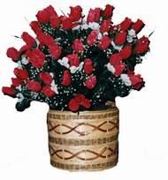 yapay kirmizi güller sepeti   çiçek siparişi Bursa nilüfer anneler günü çiçek yolla
