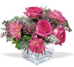 Bursa çiçek gönderimi nilüfer cicekciler , cicek siparisi  cam içerisinde 5 gül 7 gerbera çiçegi