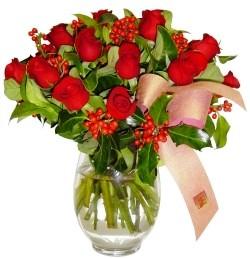 Bursa orhangazi internetten çiçek siparişi  11 adet kirmizi gül  cam aranjman halinde