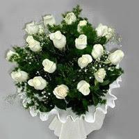 çiçekçi Bursa nilüfer hediye çiçek yolla  11 adet beyaz gül buketi ve bembeyaz amnbalaj