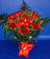 çiçekçi Bursa nilüfer hediye çiçek yolla  3 adet kirmizi gül ve kir çiçekleri buketi