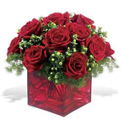 Bursa çiçek yolla nilüfer çiçek gönderme  9 adet kirmizi gül cam yada mika vazoda
