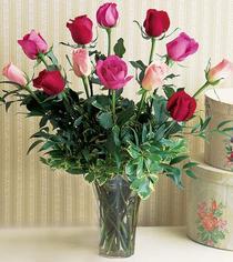 cicekci Bursa inegöl çiçek mağazası , çiçekçi adresleri  12 adet karisik renkte gül cam yada mika vazoda