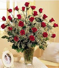 Bursada çiçekçi osmangazi çiçek , çiçekçi , çiçekçilik  özel günler için 12 adet kirmizi gül