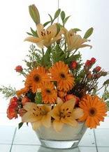 çiçek siparişiBursa mustafa kemal paşa çiçek siparişi sitesi  cam yada mika vazo içinde karisik mevsim çiçekleri