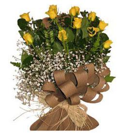 Bursa çiçek yolla nilüfer çiçek gönderme  9 adet sari gül buketi
