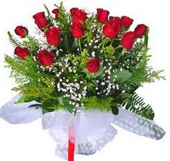 Bursaya çiçek yolla orhangazi çiçek satışı  12 adet kirmizi gül buketi esssiz görsellik