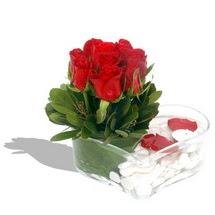 Mika kalp içerisinde 9 adet kirmizi gül  çiçek siparişiBursa mustafa kemal paşa çiçek siparişi sitesi
