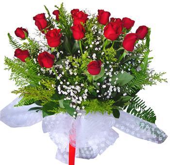 11 adet gösterisli kirmizi gül buketi  Bursa osmangazi internetten çiçek satışı