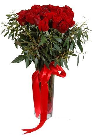 15 adet kirmizi gül cam vazo içerisinde  Bursa osmangazi internetten çiçek satışı