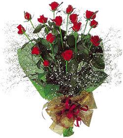 11 adet kirmizi gül buketi özel hediyelik  Bursa orhangazi internetten çiçek siparişi