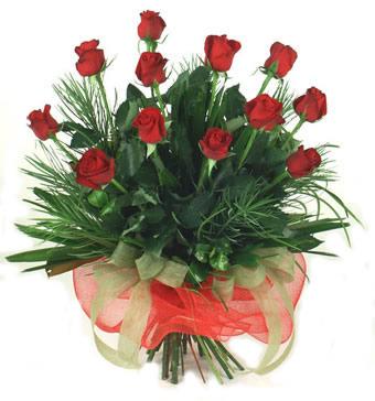Çiçek yolla 12 adet kirmizi gül buketi  Bursa iznik hediye sevgilime hediye çiçek