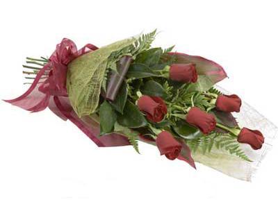ucuz çiçek siparisi 6 adet kirmizi gül buket  Bursa çiçek gönder nilüfer çiçek siparişi vermek