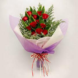 çiçekçi dükkanindan 11 adet gül buket  Bursa orhangazi internetten çiçek siparişi