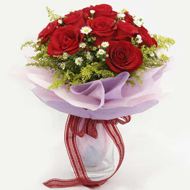 Çiçek gönderme estetikliginiz 11 gül buket  Bursa orhangazi internetten çiçek siparişi