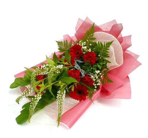 Karisik çiçek buketi mevsim buket  Bursa çiçek gönder nilüfer çiçek siparişi vermek