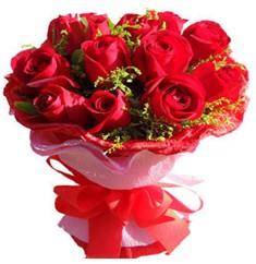 9 adet kirmizi güllerden kipkirmizi buket  çiçek yolla Bursa orhaneli çiçekçiler