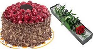 1 adet yas pasta ve 1 adet kutu gül  Bursa inegöl çiçek servisi , çiçekçi adresleri