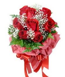 9 adet en kaliteli gülden kirmizi buket  çiçek siparişiBursa mustafa kemal paşa çiçek siparişi sitesi