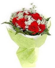 Bursada çiçekçi osmangazi çiçek , çiçekçi , çiçekçilik  7 adet kirmizi gül buketi tanzimi