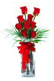Bursa çiçekçi osman gazi çiçek gönderme sitemiz güvenlidir  9 adet mika yada cam vazoda gül tanzimi