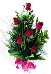 Bursa iznik hediye sevgilime hediye çiçek  5 adet kirmizi gül buketi hediye ürünü