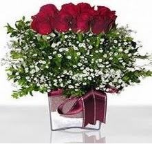 Bursa osmangazi internetten çiçek satışı  mika yada cam vazo içerisinde 7 adet gül
