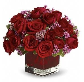 11 adet kırmızı gül vazosu  çiçek yolla Bursa orhaneli çiçekçiler