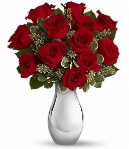 çiçek Bursa yenişehir çiçekçi mağazası   vazo içerisinde 11 adet kırmızı gül tanzimi