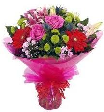 Karışık mevsim çiçekleri demeti  Bursa ya çiçek yolla mudanya cicek , cicekci