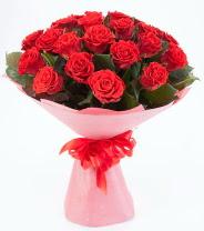 12 adet kırmızı gül buketi  Bursa çiçek gönder nilüfer çiçek siparişi vermek