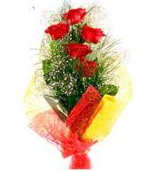 5 li kırmızı gül buketi  Bursa osmangazi internetten çiçek satışı