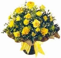 Bursada çiçekçi osmangazi çiçek , çiçekçi , çiçekçilik  Sari gül karanfil ve kir çiçekleri