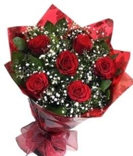 6 adet kırmızı gülden buket  cicekciler Bursa gemlik güvenli kaliteli hızlı çiçek