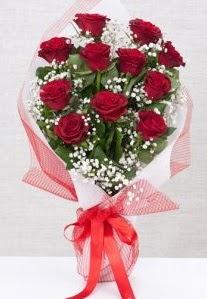 11 kırmızı gülden buket çiçeği  Bursa çiçek siparişi karacabey 14 şubat sevgililer günü çiçek