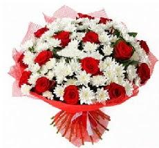 11 adet kırmızı gül ve 1 demet krizantem  cicekci Bursa inegöl çiçek mağazası , çiçekçi adresleri