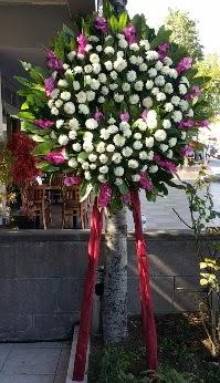 Bursa inegöl kaliteli taze ve ucuz çiçekler  Cenaze Çelengi  Bursa çiçek gönder nilüfer çiçek siparişi vermek