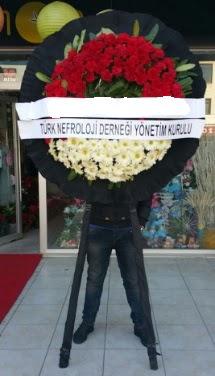 Cenaze çiçek modeli  Bursa çiçek gönder nilüfer çiçek siparişi vermek