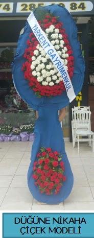 Düğüne nikaha çiçek modeli  Bursaya çiçek yolla orhangazi çiçek satışı