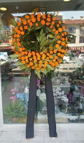 Cenaze çiçeği cenaze çelengi çiçek modeli  Bursa çiçek nilüfer İnternetten çiçek siparişi