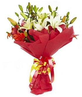 5 dal kazanlanka lilyum buketi  çiçek siparişi Bursa karacabey çiçek yolla