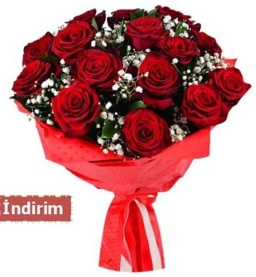 12 Adet kırmızı aşk gülleri  Bursaya çiçek yolla orhangazi çiçek satışı